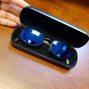 REVO sunglasses 1416 001 Rectangle Blue Mirror